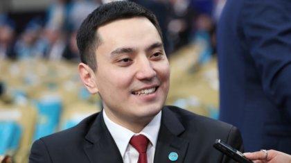 «Ұялмаймын»: депутат Нұрлан Әлімжанов кинодан да жоғары гонорар алады