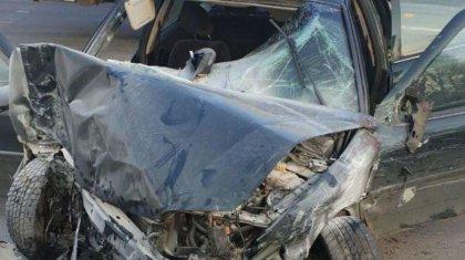 Қызылордада көлік жүргізушісі аялдамада тұрған 3 адамды қағып кеткен (ВИДЕО)