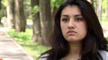 «14 жасымда мені жүкті қылды»: 7 жыл құлдықта болған 18 жасар қыз жанайқайын айтты