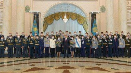 Президент Жарлығымен бірқатар әскери қызметшілерге әскери шен берілді