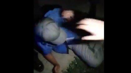 Әурет жеріне қол салған: Қызылордада ер адам 5 жасар қызды зорламақ болған жерінен ұсталды (ВИДЕО)