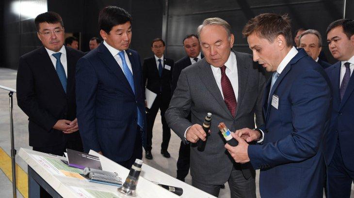 Мемлекет басшысы Алматы қаласының индустриялық аймағын аралап, «Falcon Eurobus» жауапкершілігі шектеулі серіктестігіне барды