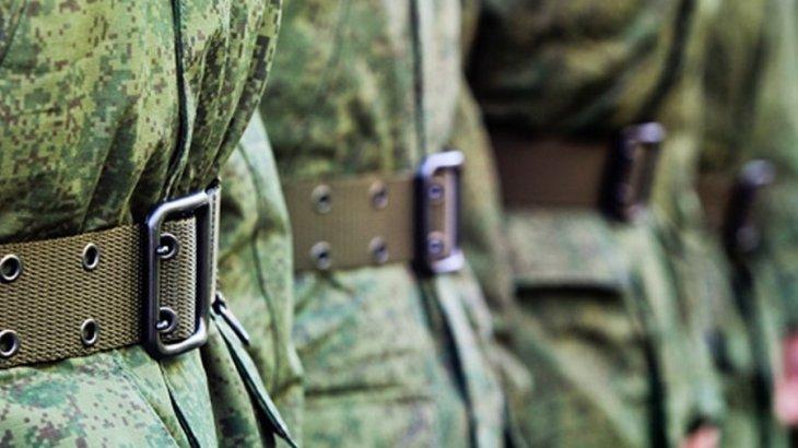 Жезқазғандық жастар әскери борышын өтеуге аттанды