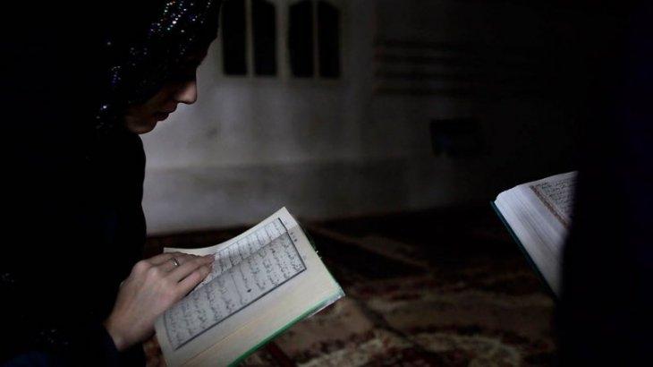 «Өлімнен ұят күшті»: Алматыда жезөкшелікпен бірнеше жыл айналысқан бойжеткен хиджаб киді