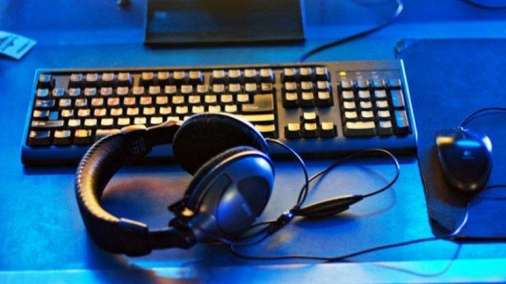 Түрмеден шыққан ер адам Астанадағы компьютер клубтардың бірінде балаларға жыныс мүшесін көрсеткен
