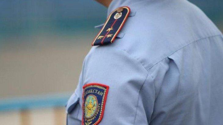 Полицейді ұрған ер адамға қатысты істі прокуратура қайта қолға алды