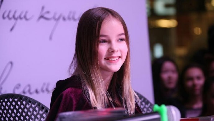 Junior Eurovision: Данэлия Тулешова тыңдармандарына үндеу жолдады (ВИДЕО)