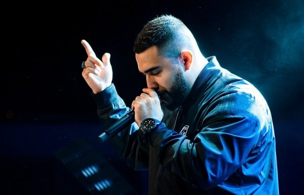 Қазақстандық әнші Jah Khalib «Алтын граммофон» жүлдесіне ие болды (ВИДЕО)