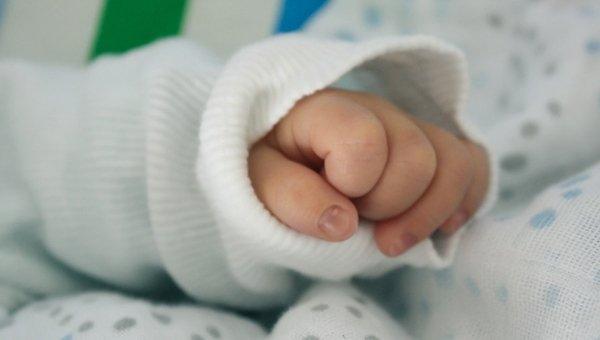 Атыраулық әйел жаңа туған сәбиін 5 мың долларға сатқан