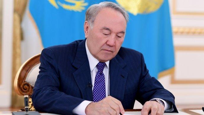 Президент «Алтын сапа» және «Парыз» сыйлықтарын табыс етті