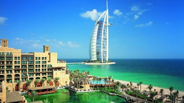 Дубайға демалуға барған ерлі-зайыптылар қарызға батып, елге әзер жеткен