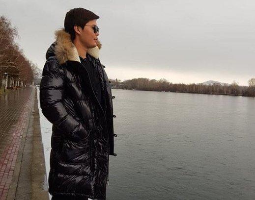 «Қыздар ашылып-шашылып кетті»: Ернар Айдар хайп қуған аруларды сынады