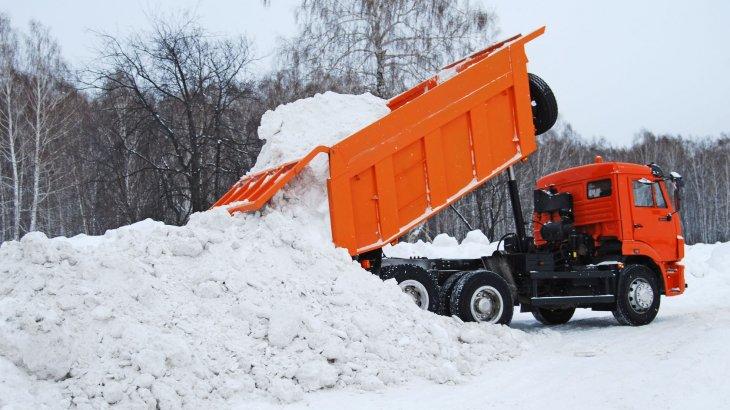 Жаңа жыл қарсаңында Астанадан 20 мың текше метр қар шығарылған