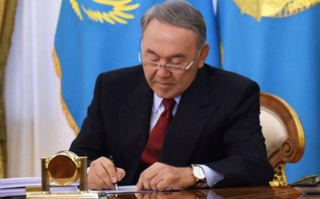 Нұрсұлтан Назарбаев денсаулық жүйесін жетілдіруге бағытталған заңға қол қойды