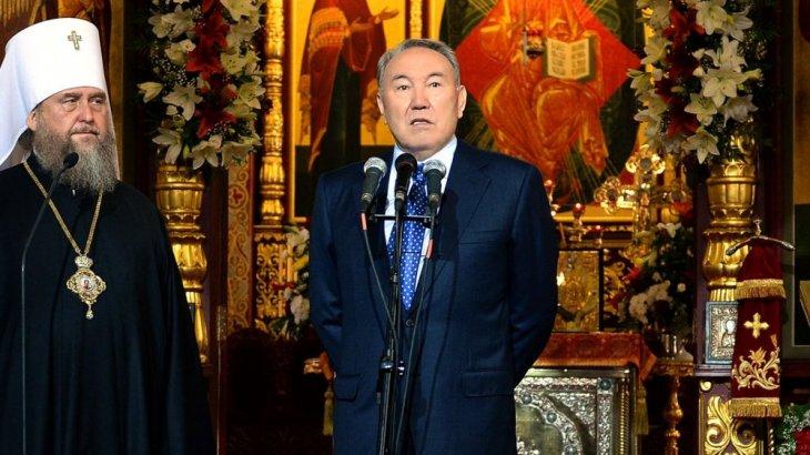 Нұрсұлтан Назарбаев православ христиандарын Рождество мерекесімен құттықтады