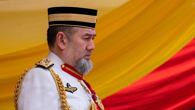 Малайзия королі тақтан бас тартты