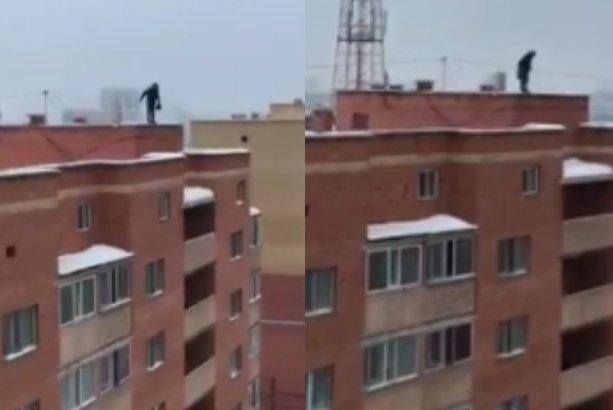 Астанада ер адам өзін үй шатырынан тастап жібермек болды (ВИДЕО)