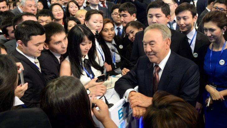 Нұрсұлтан Назарбаев ерікті студенттердің шәкіртақысын көбейтуді тапсырды