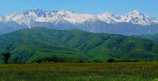 Перуашев Қазақстанды «Қазақ Республикасы» деп өзгертуді ұсынды