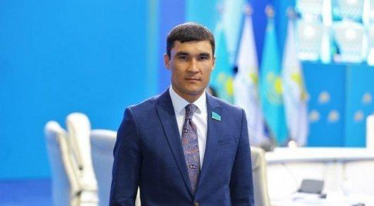 Серік Сәпиев депутаттық қызметінен кетті