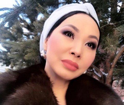 Қарақат Әбілдина лифтіде қаза тапқан журналист пен өзіне қатысты ақпараттың жалған екенін айтты