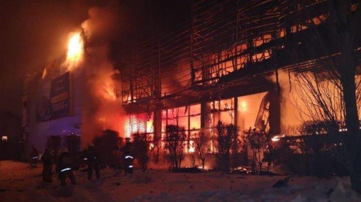 Названа причина стремительного распространения огня в офисе «Хайвилл» в Астане