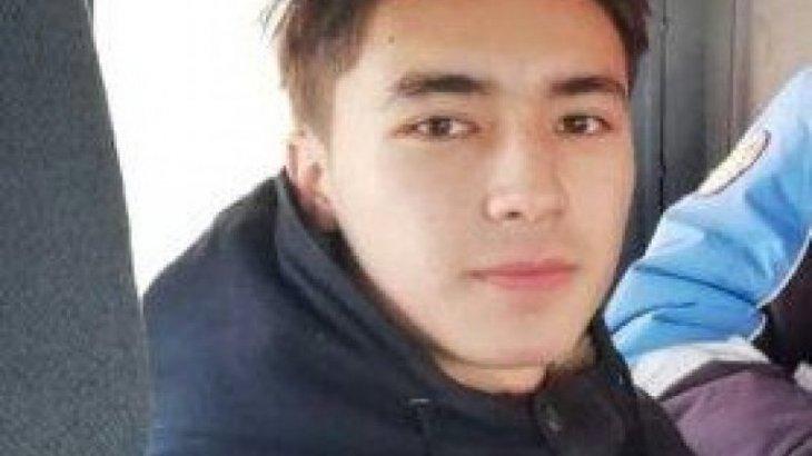 Астанада 10-сынып оқушысы құдыққа түсіп кеткен сәбиді шығарып алды