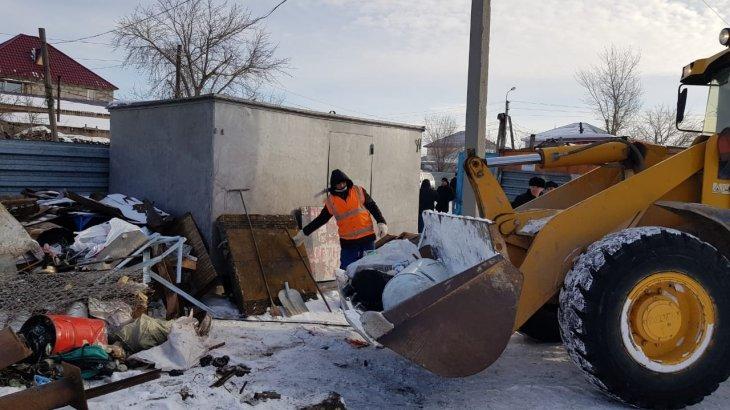 Астана тұрғыны 20-дан астам қоқыс контейнерін ұрлаған