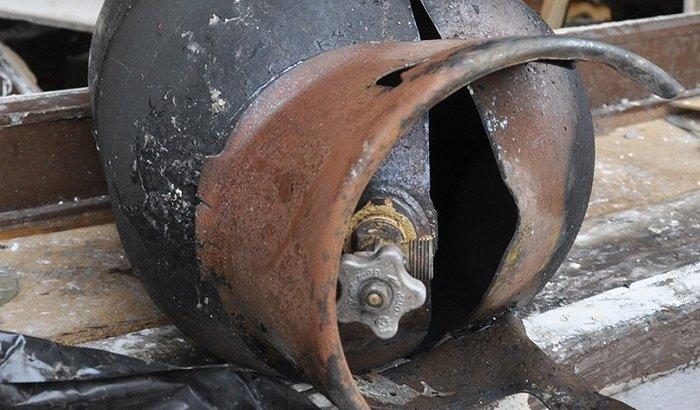 В Кызылорде взорвался газовый баллон: двух женщин извлекли из-под завалов