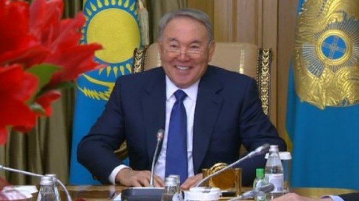 Если на 8 марта подарили не то, о чем вы мечтали, в следующий раз мечтайте громче – Назарбаев