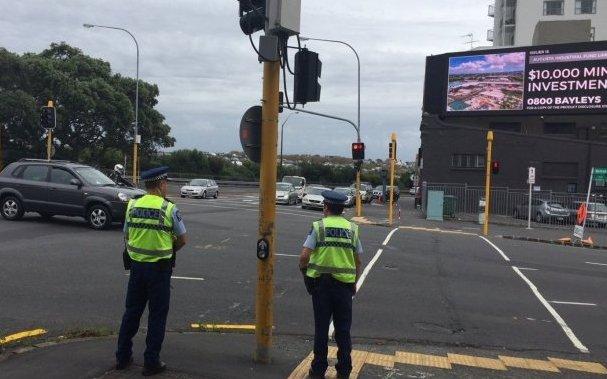 10 адам қаза тапты: Жаңа Зеландияда мешітте ер адам атыс шығарды