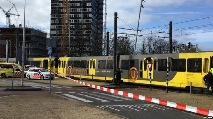 Голландияның Утрехт қаласында белгісіз біреу трамвайға оқ атты (ВИДЕО)