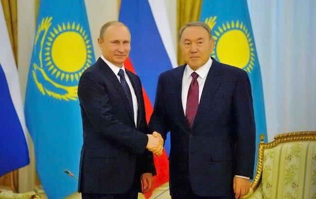 Нұрсұлтан Назарбаев Путинмен телефон арқылы сөйлесті