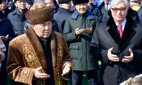 «Наурыз мейрамы» мерекелік шарасына келген Нұрсұлтан Назарбаев қазақстандықтарды құттықтады