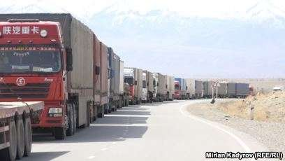 Қырғызстан жүк көліктерінің Қазақстанға кіруі тағы қиындай бастады