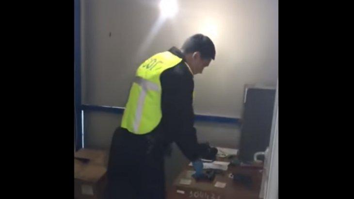 Атырауда полицей әйелдің аяғына оқ атып жіберді (ВИДЕО)