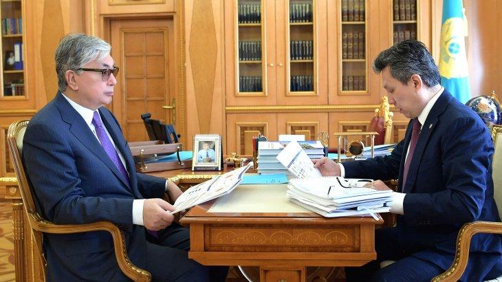 Президент Тоқаев пен Бақыт Сұлтанов көпбалалы отбасыларға баспана беруді талқылады