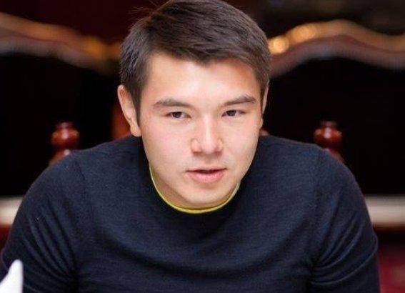 Назарбаевтың жиен немересі Айсұлтан тегін әкесінің атына өзгертті