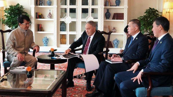 Нұрсұлтан Назарбаев Қытайда актер Джеки Чанмен кездесті