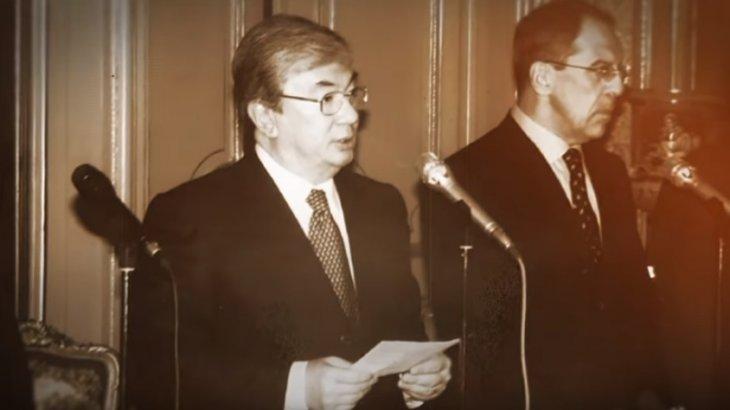 Дипломаттан президентке дейін: әлеуметтік желіде Тоқаевтың ескі суреттері жарияланды (ВИДЕО)