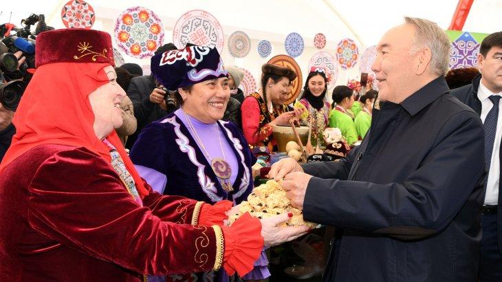 Назарбаев Қазақстан халқының бірлігі күнін мерекелеуге арналған шараға қатысты