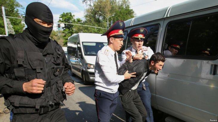 Нұр-Сұлтан мен Алматыдағы митингіде 80 адам ұсталды