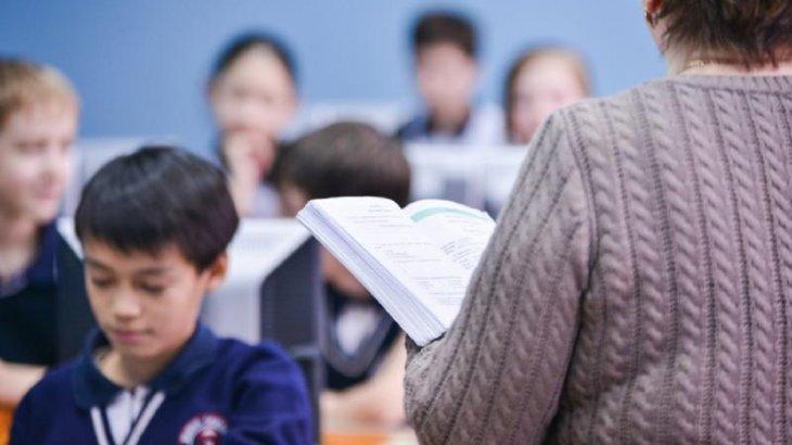 Ағылшын тіліндегі пән оқушыларға тек 10-11 сыныпта оқытылады - БҒМ
