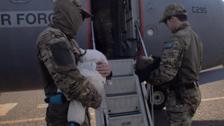Сириядан қайтарылған 18 жетім баланың Қазақстандағы туыстары табылды