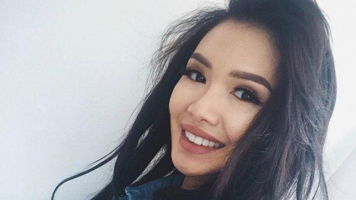 «Байзақоваға сырға салынды»: Интернет қолданушылары желіде тараған видеоны талқылап жатыр (ВИДЕО)