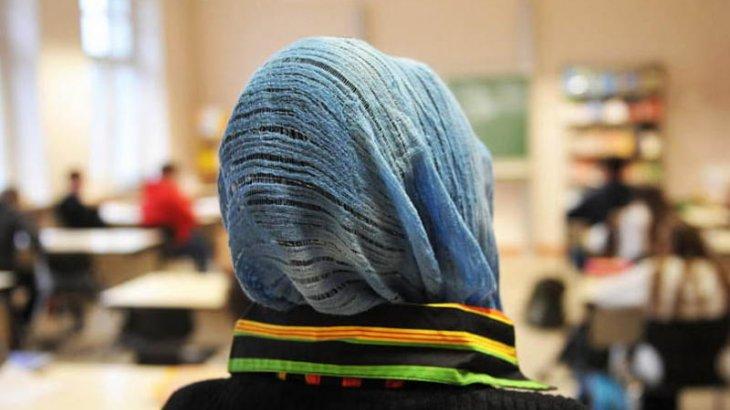 Аустриядағы мектептерде хиджаб киюге тыйым салынды