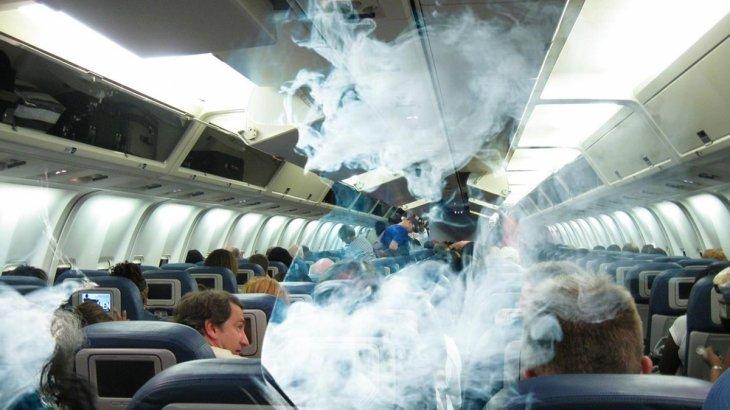 Ресейлік әйел Air Astana бортында шылым шекті