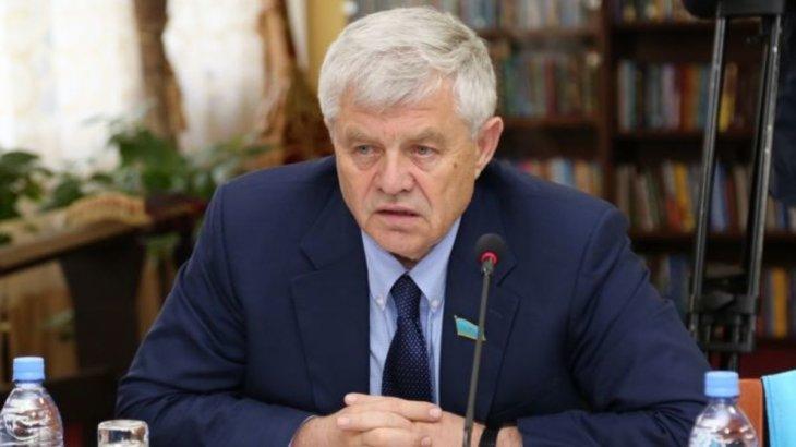 Владимир Божко қазақ тілін үйрету жұмыстарын күшейтпек