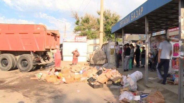 Шымкент қаласында базар маңындағы 19 дүңгіршек алынып тасталды