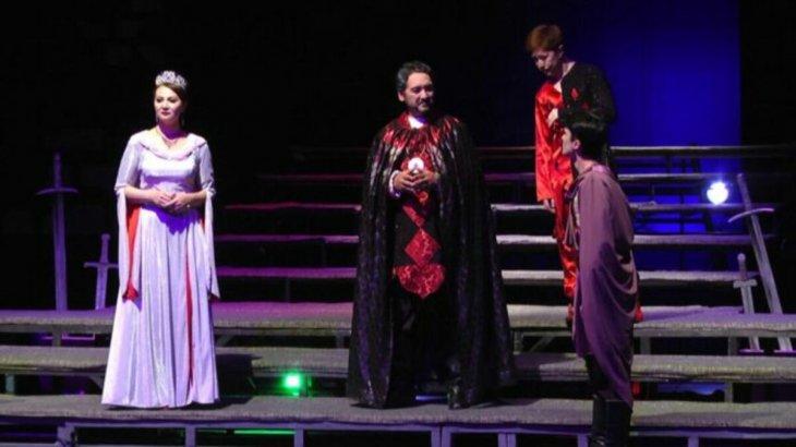 Шымкент: Жұмат Шанин театры 85-маусымын қорытындылады